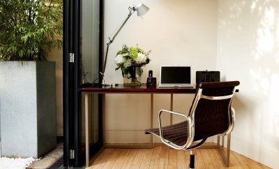 Productive working in apartments for corporate stays