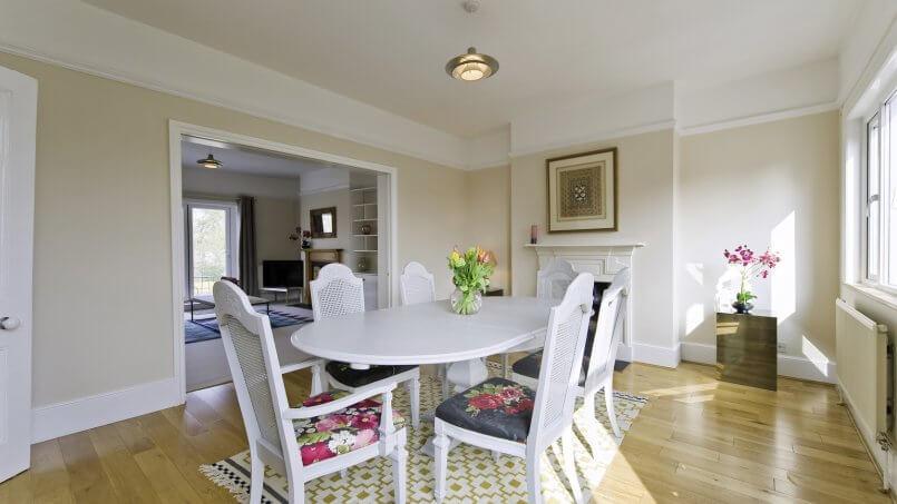 Choosing between serviced apartments and vacation rentals