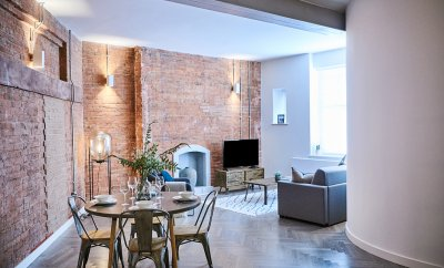Who stays in a serviced apartment, anyway?